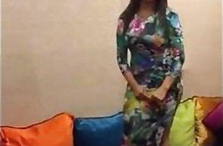 Hanan Arab Morooco Dancing 2017 hd
