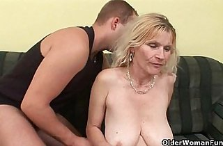 Vip  mature asia  ,  mom xxx  ,  old-young   sex videos