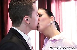 Moms Passions He knows what a woman wants teen hd porn
